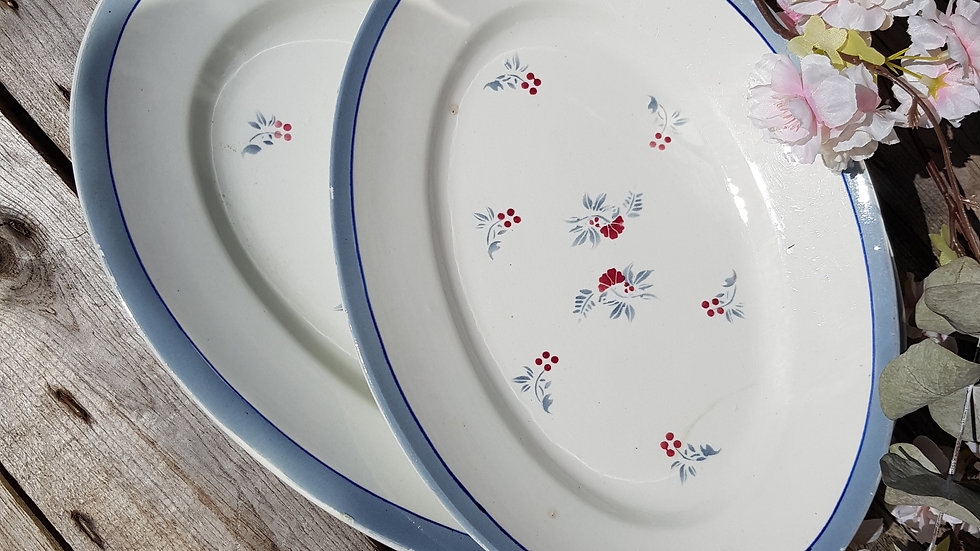 2 Plats de service - Porcelaine de Pexonne