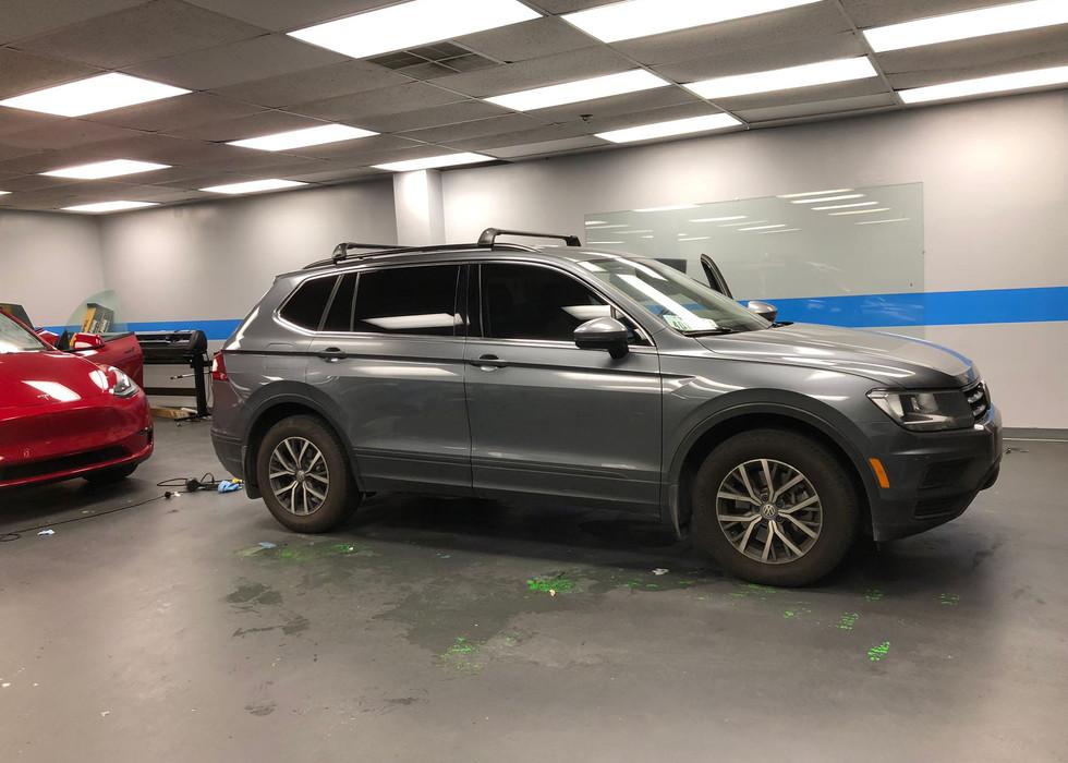 2019 VW tiguan tinting .jpg
