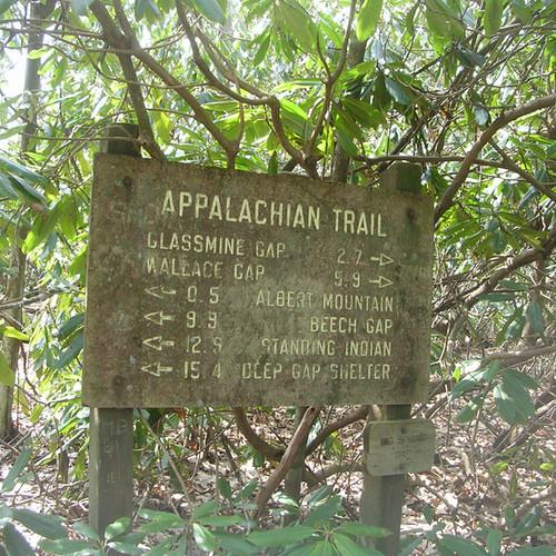 05-Trail-sign.jpeg