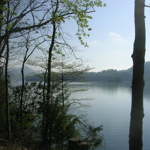 13-Wautauga-Lake.jpeg