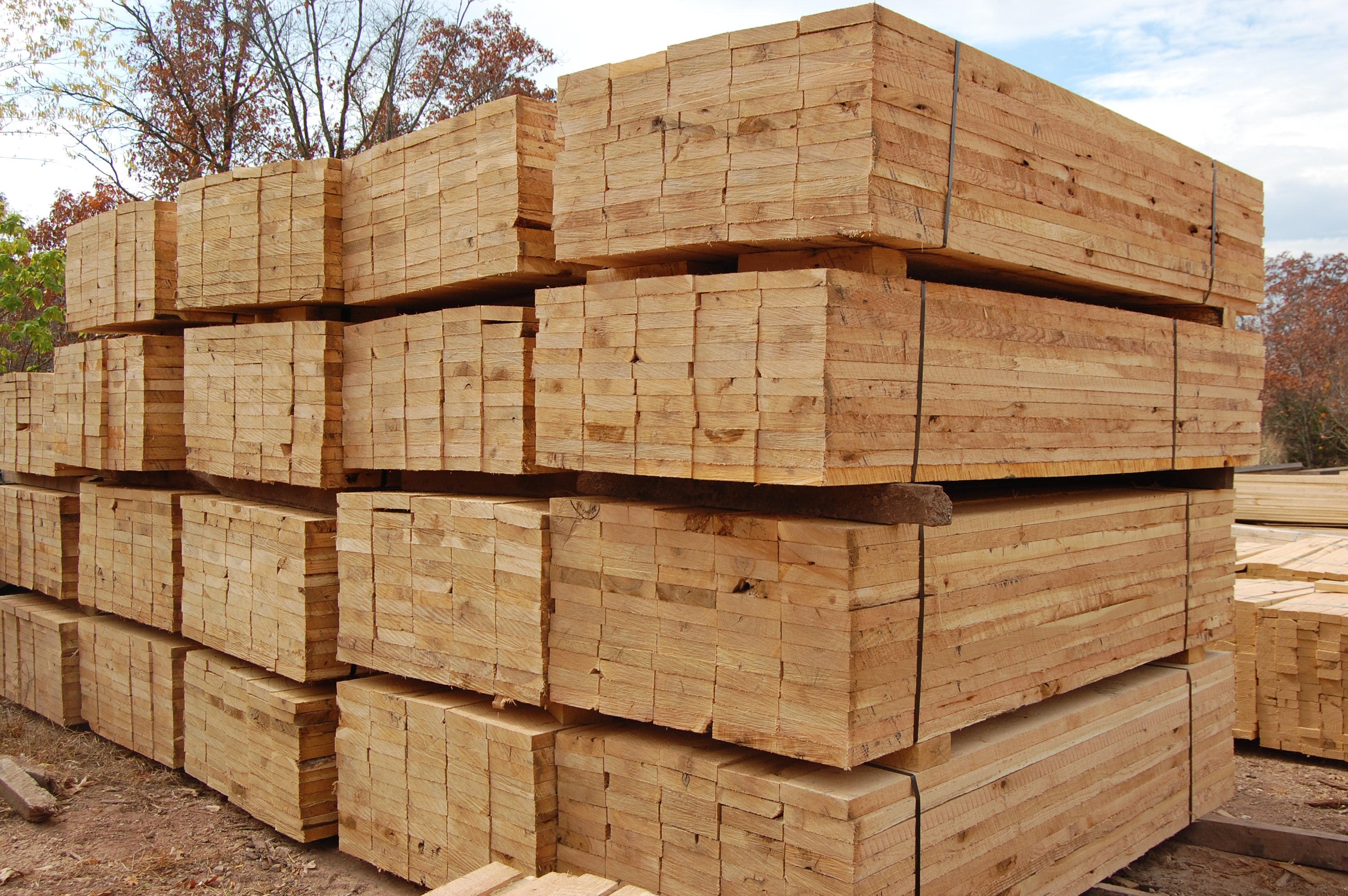 Un-Protected Lumber Bundles