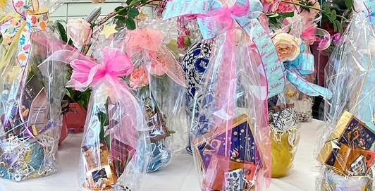 Mom's Gift Baskets DANS GALLERY 210430.jpg
