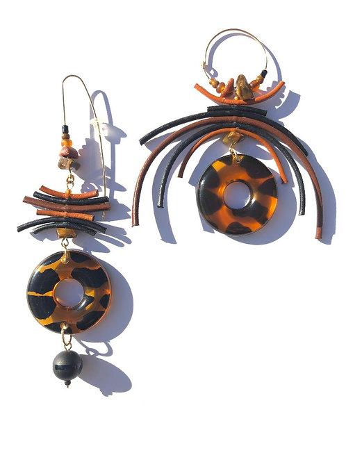 dreamy chocolate, caramel & licorice leather & leopard acrylic earrings