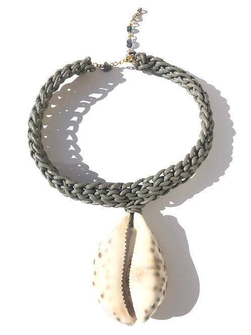 sweet dreams grey leather with giant leopard cowrie shell choker