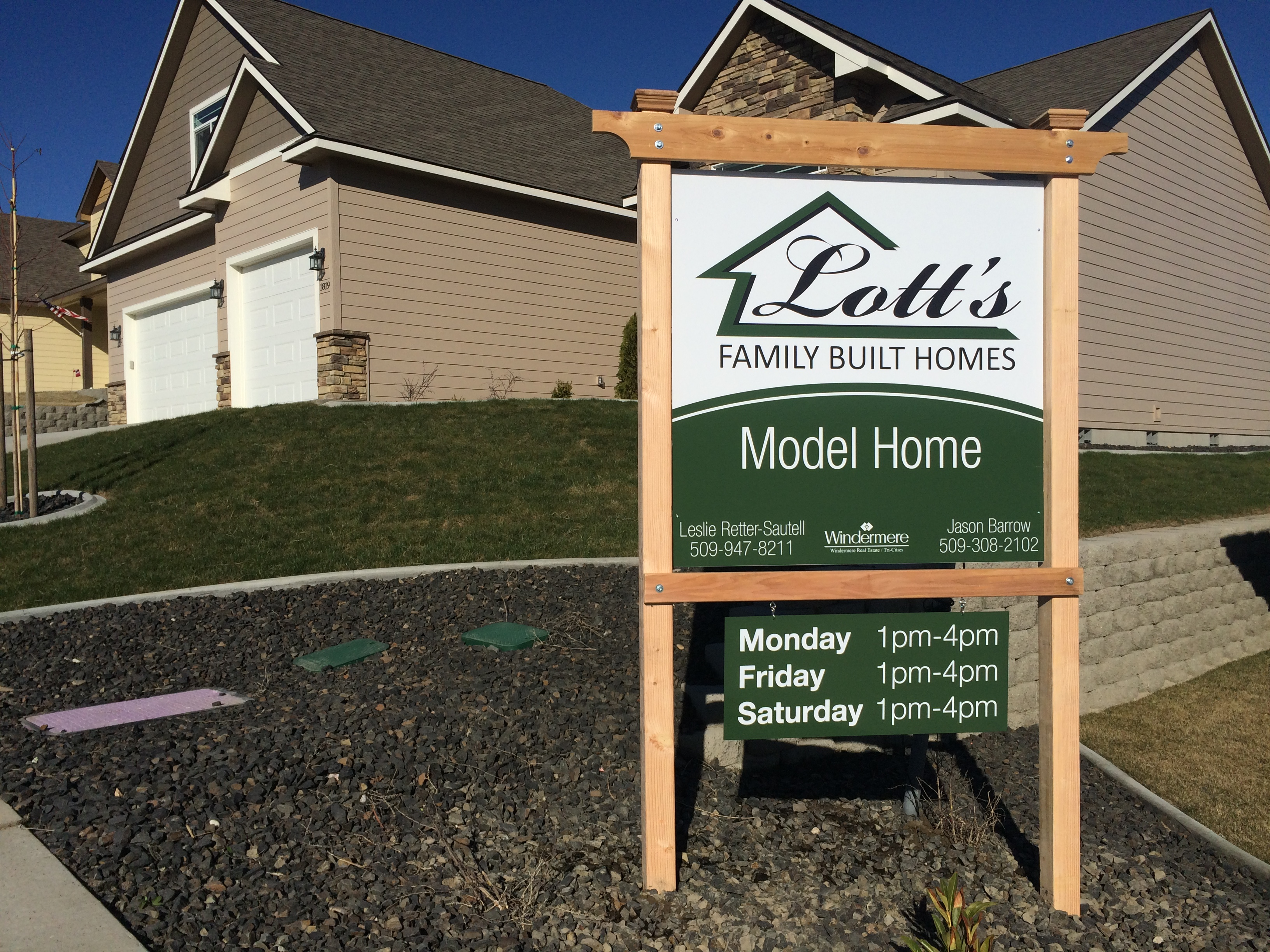 Lotts Model Home Sign