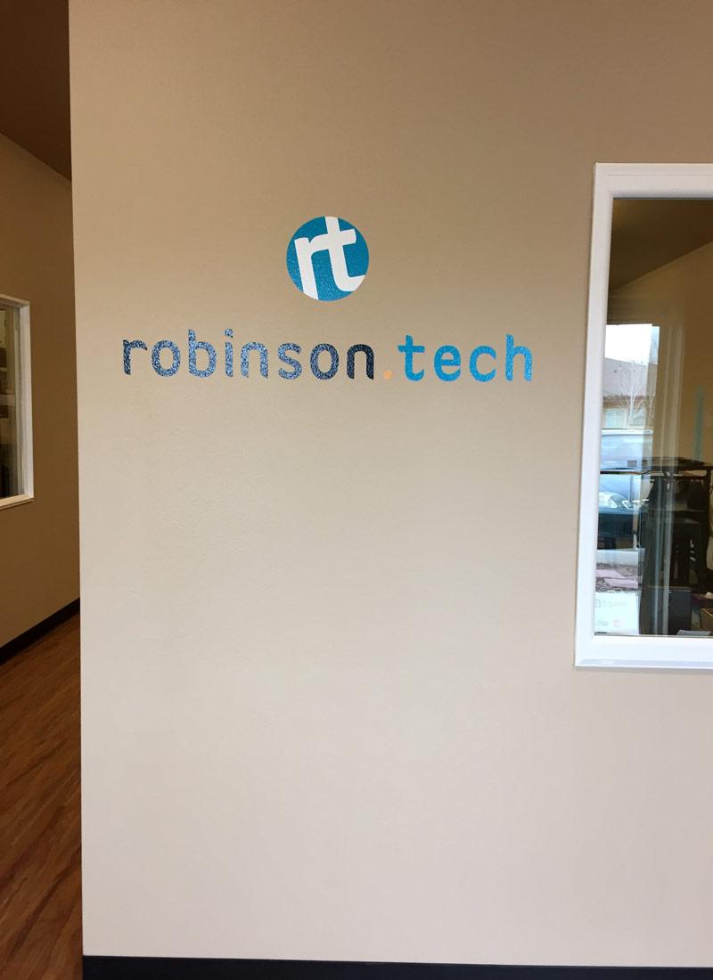Robinson-Tech