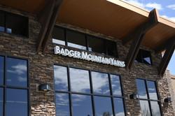 Badger Mountain Yarns - backlit 2