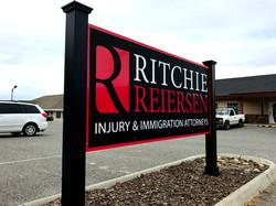 Ritchie - monument