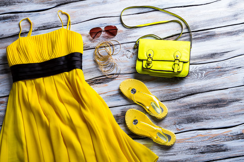 yellow-dress-accessories.jpg