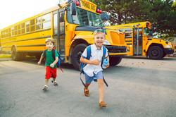 kids-getting-off-school-bus