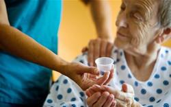 elderly-care_2387524b