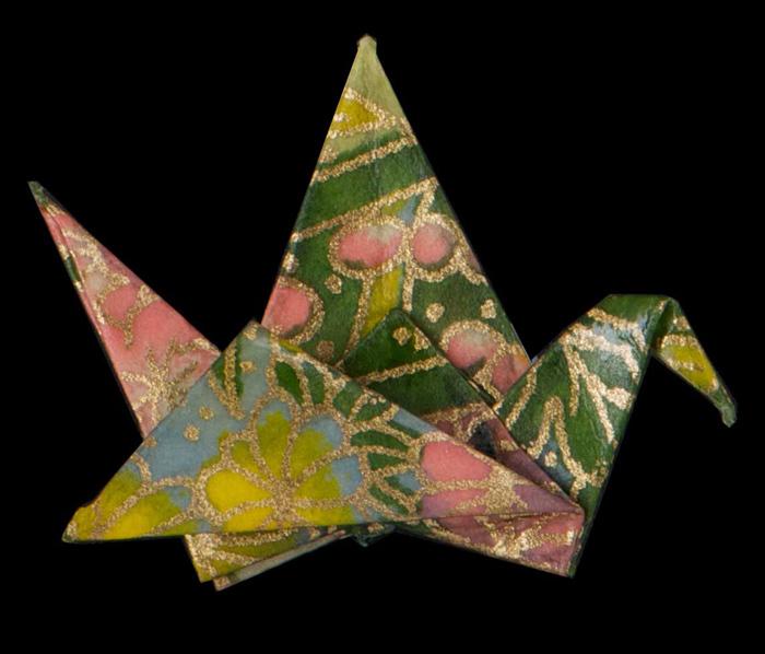 paper crane pin