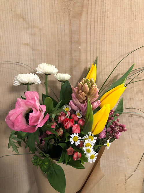 Fresh Flower Friday * pre order* - Snowberry Botanicals