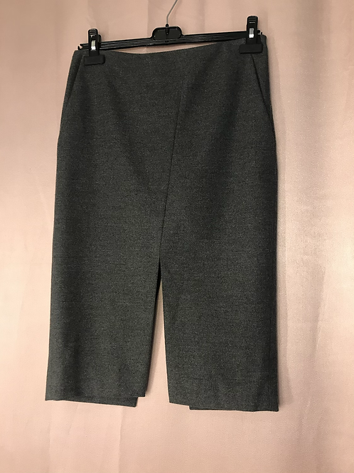 babaton skirt - Size 4