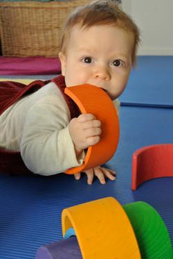 Baby beim Rückbildungskurs