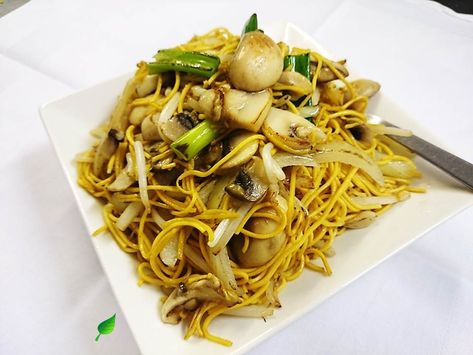 126M. Mushroom Chow Mein