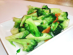 108. Broccoli with Garlic and Ginger