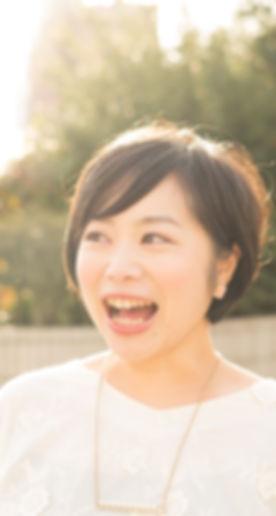 yamyアー写(縮小).jpg