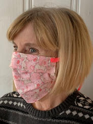 Pleated Face Mask With Ties