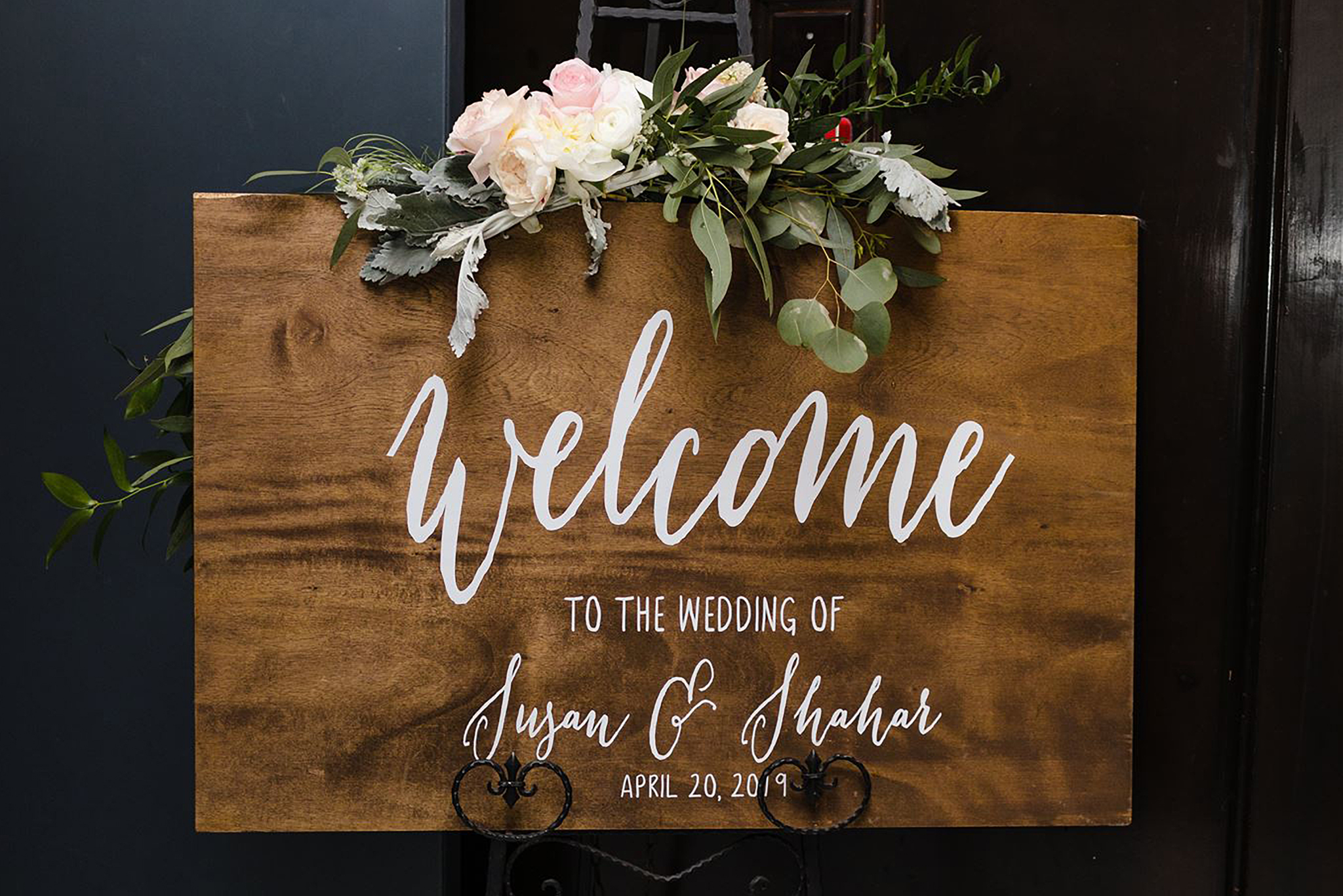 Susan-and-Shahar-wedding-sign