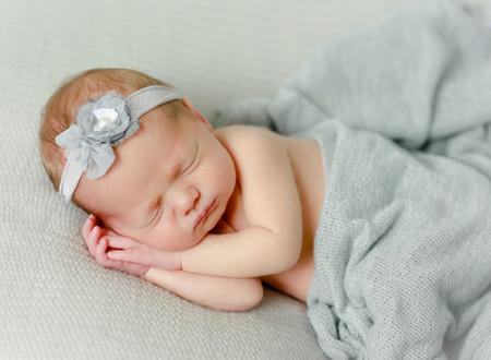 Lake Mills Newborn Photographer-4.jpg