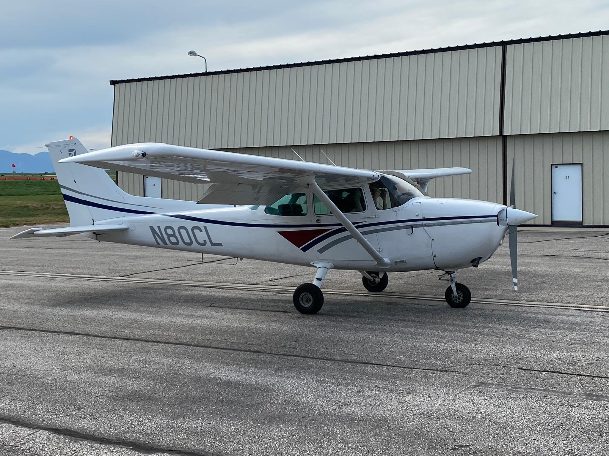 Cessna 172 Ground instruction