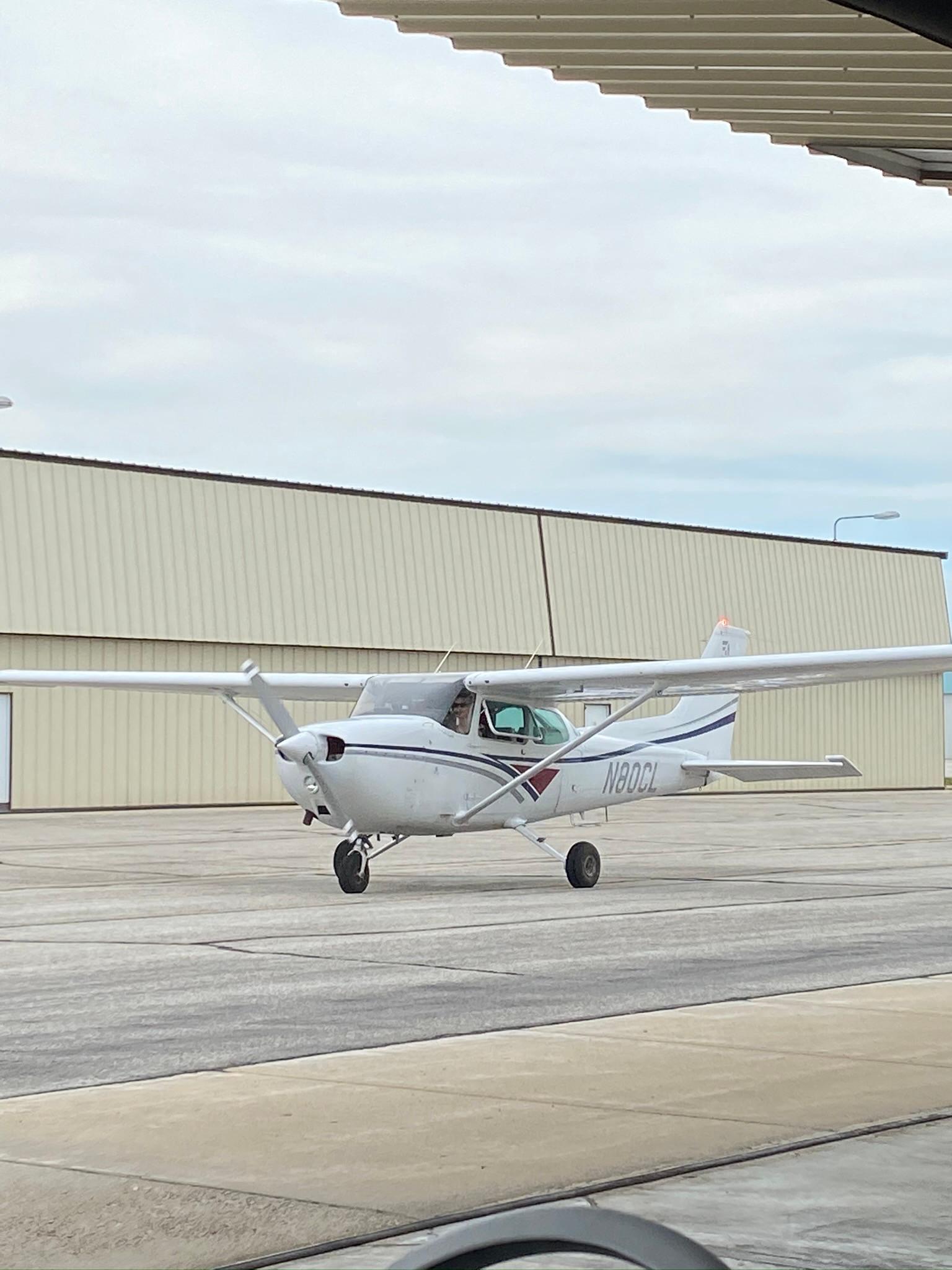 Cessna 172 Discovery flight