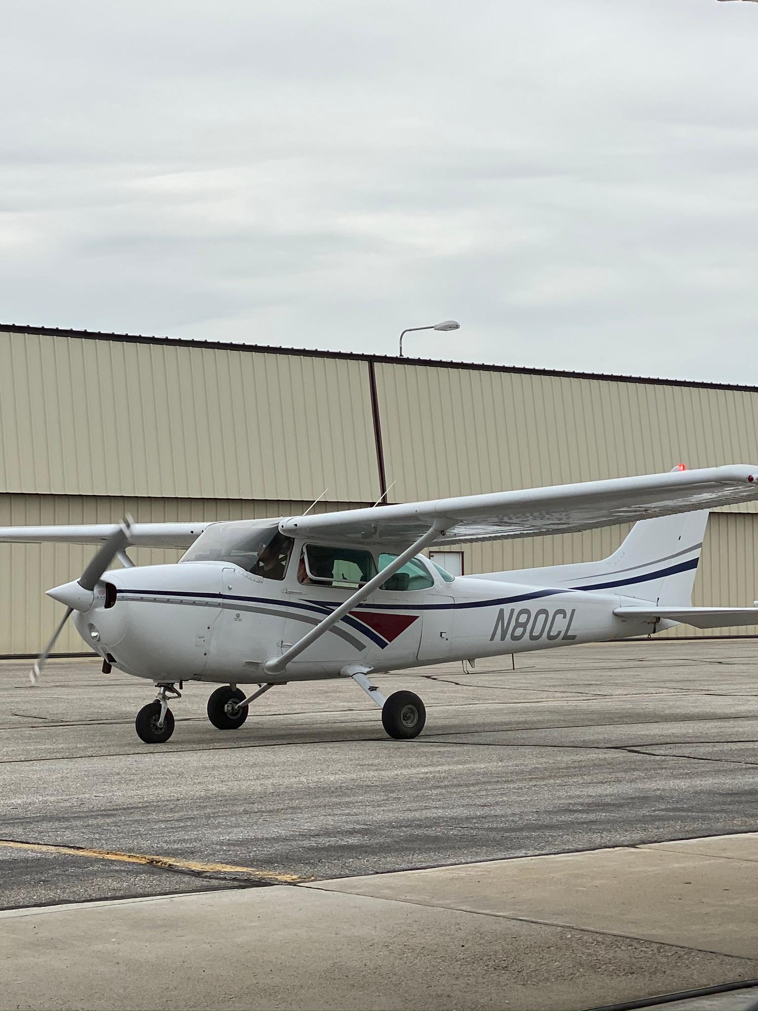 Cessna 172 Flight instruction