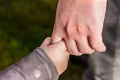 hands-1797401_1920.jpg