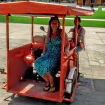 Moto-taxi (tuk tuk) in Leona Vacario