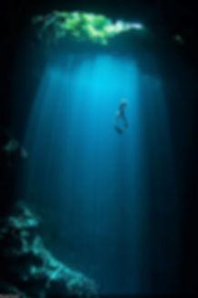 joanna diving maravilla.jpg