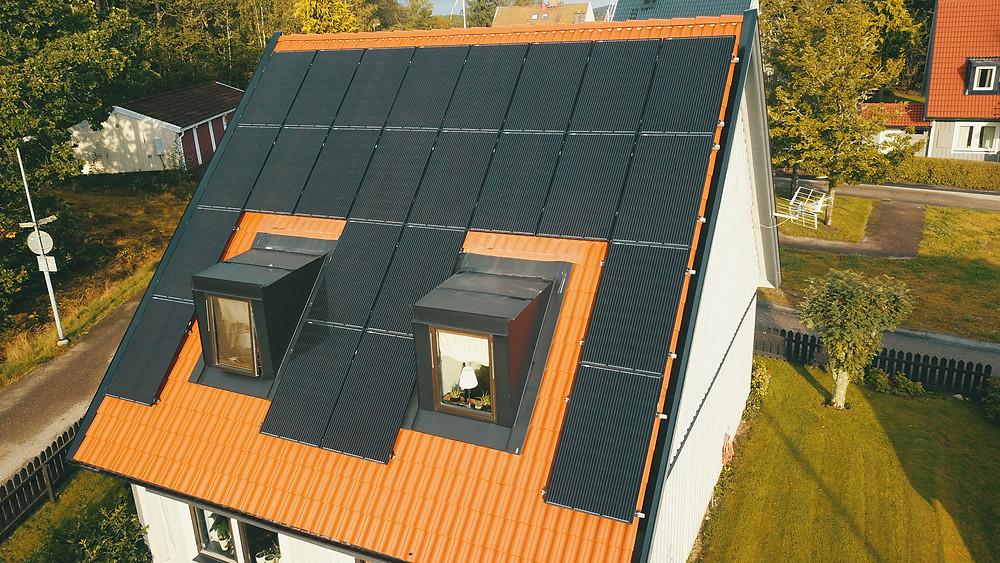 Installera solceller på villatak