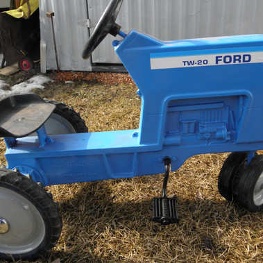 Ford TW20 Peddle Tractor.JPG