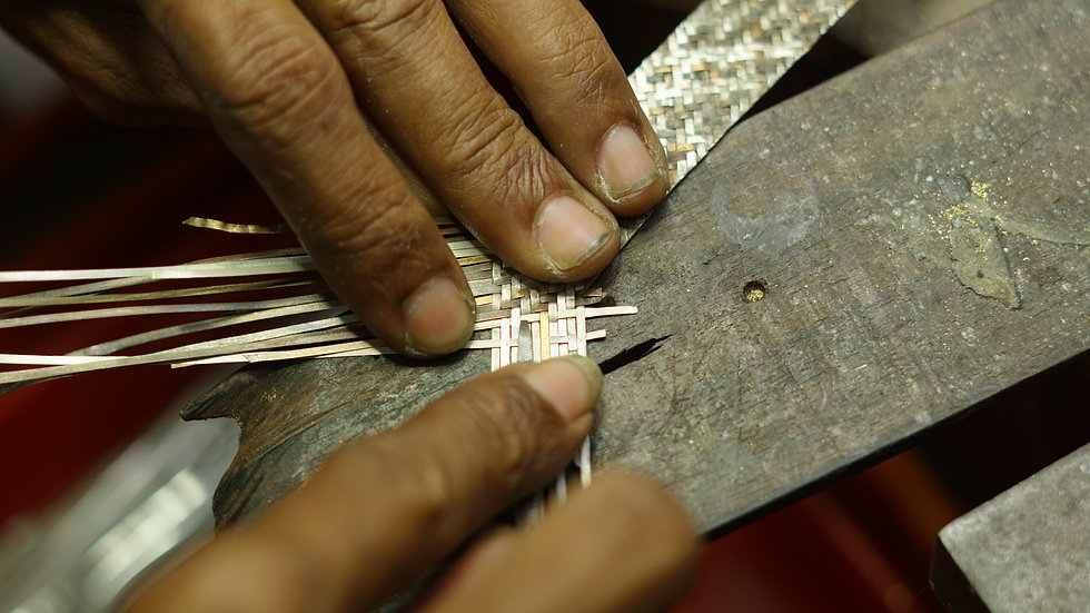 Making of Salalo Amot gold and silver woven jewellery