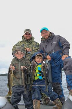 Une pêche pères-fils
