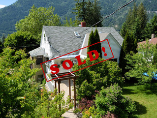 JUST SOLD!  5 bedroom, 3 bathroom Family Home With In-law Suite in Upper Fairview
