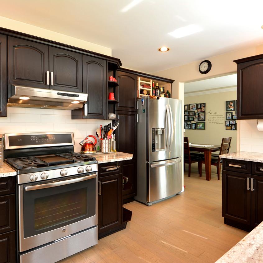 2277 Pez Road Kitchen