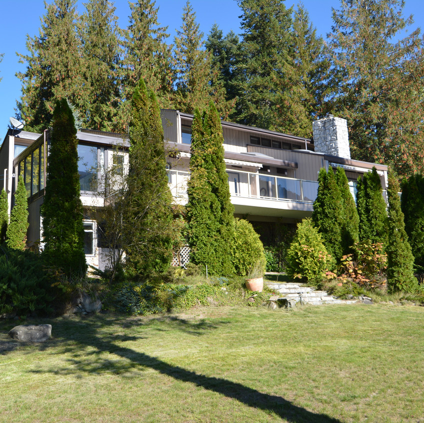 Nelson Real Estate 5578 Hwy 3A House