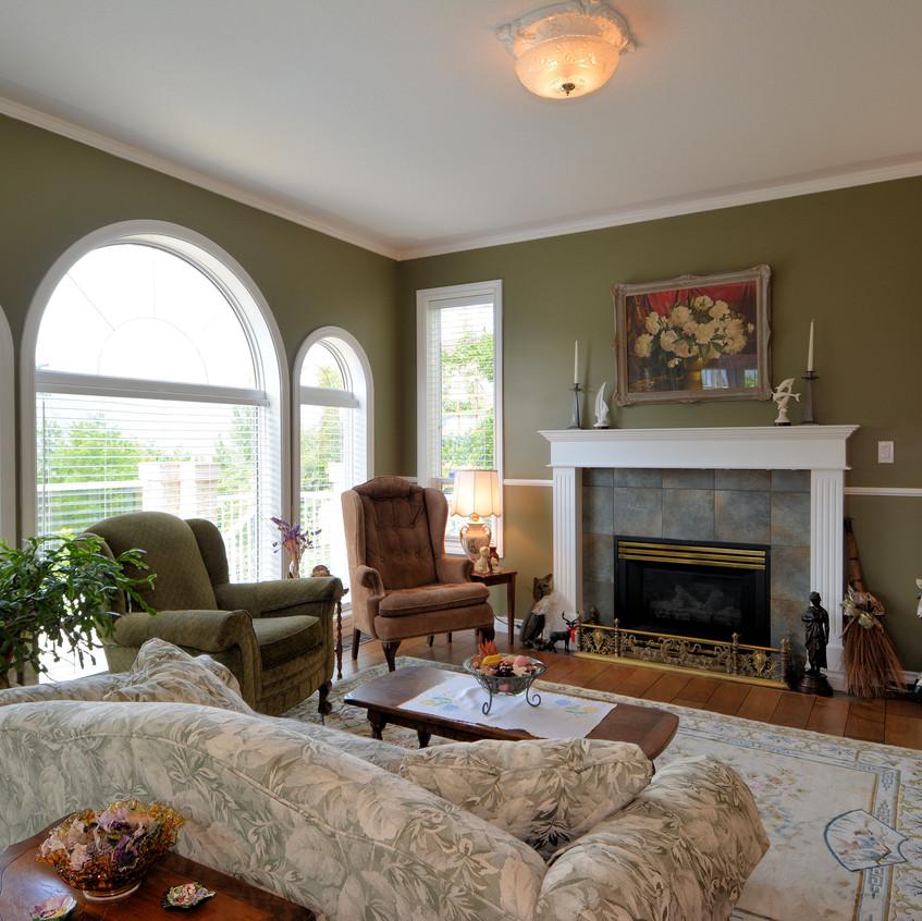 1228 Trevor Street Living Room (3)