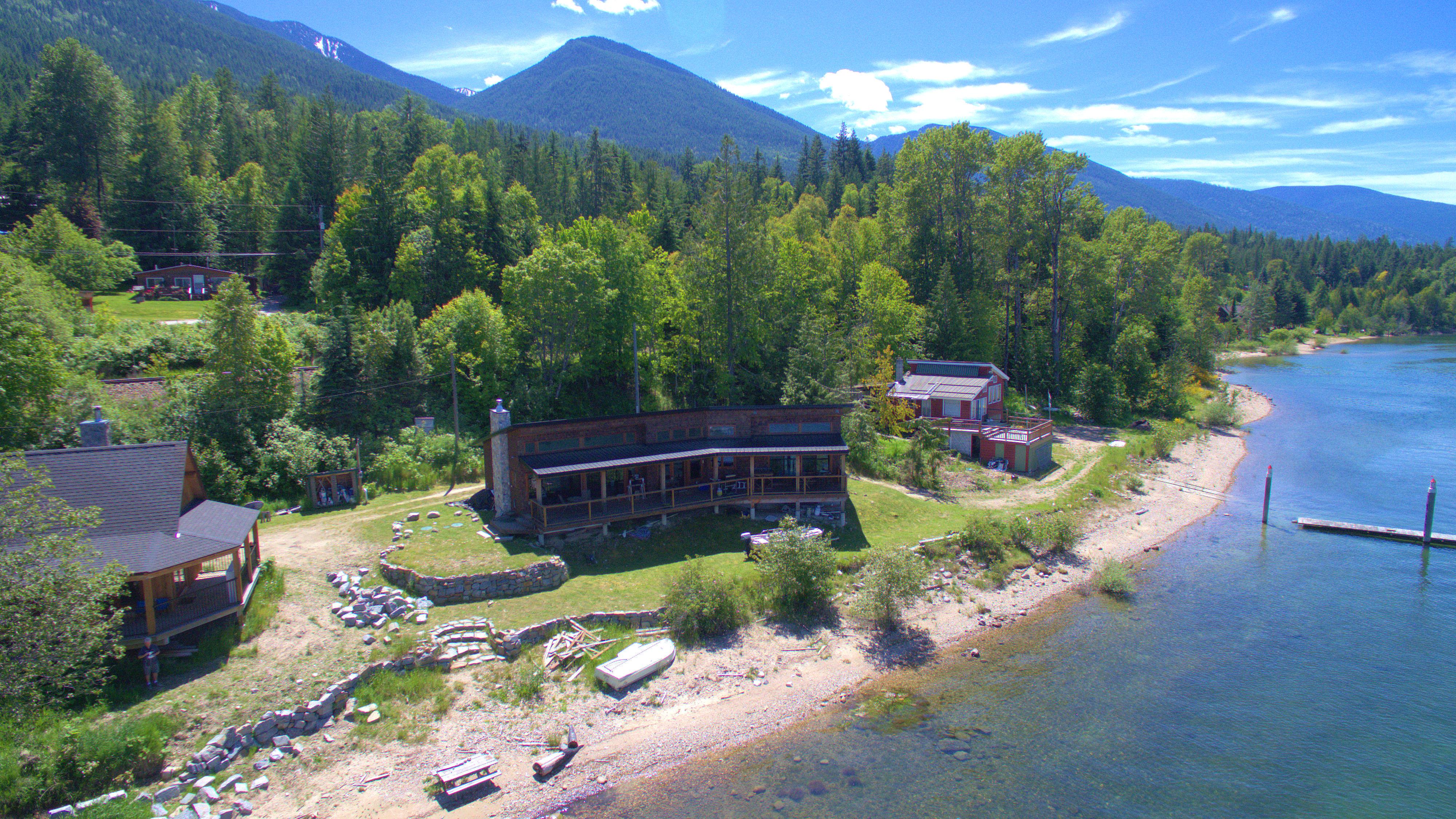 109 Kootenay Lake Road