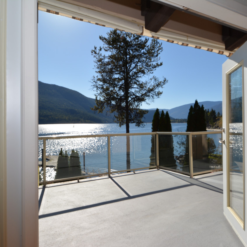 Nelson Real Estate 5578 Hwy 3A View