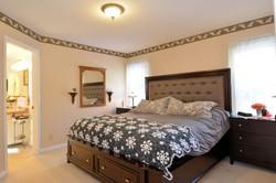 Master Bedroom: 13' x 12'
