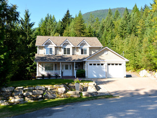JUST LISTED: 5 Bedroom Executive Family Home on Nelson's North Shore