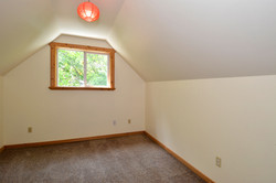 6090 Slocan River Road 2nd Bedroom