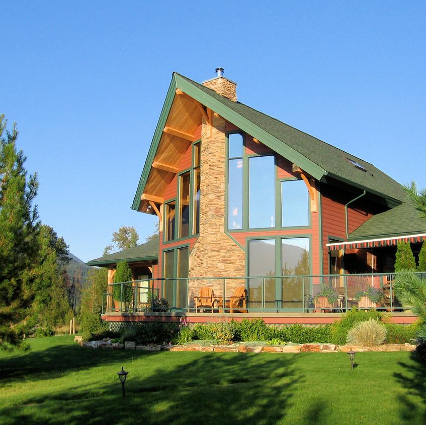 673 Kootenay Lagoon Road House