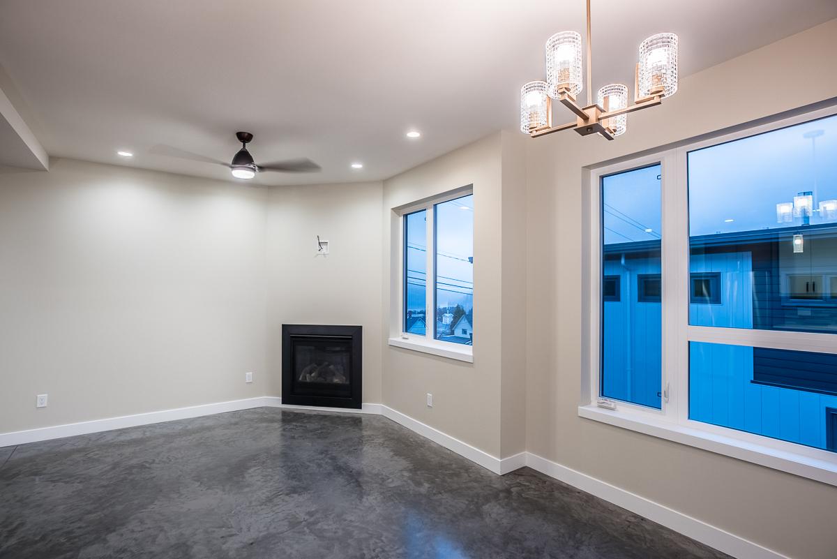 Living Room:  12'9 x 10'1