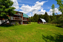 6090 Slocan River Road House