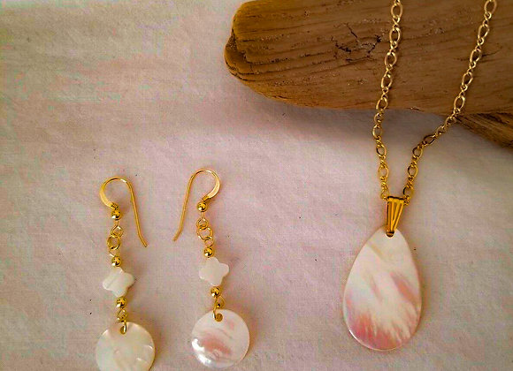 Mother Of Pearl  Necklace And Earring Set 14K
