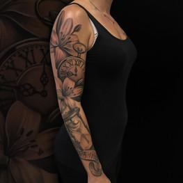 Chris_Hautundliebe_Tattoo_Taschenuhr_Sle