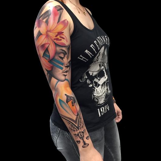 Chris_Hautundliebe_Tattoo_Swan_Sleeve2.j